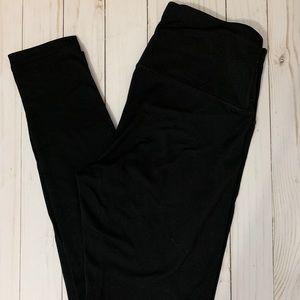 Medium black full length leggings